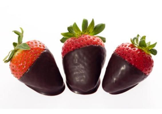 410x290_choc_dip_strawberries_0